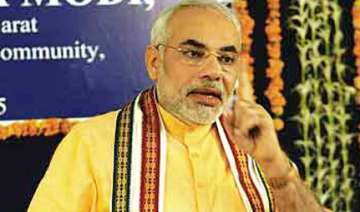modi says again pm must apologize - India TV
