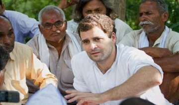 rahul gandhi meets train accident victims family...