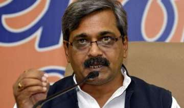 delhi polls satish upadhyay to head bjp election...