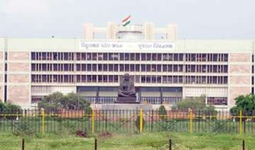 three day session of gujarat assembly to start...