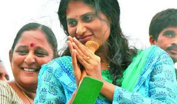 jagan s sister sharmila completes 2 500 km of her...