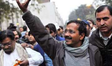 kejriwal s team goes house hunting in varanasi -...