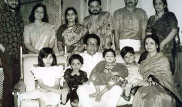 know bal thackeray and his family - India TV