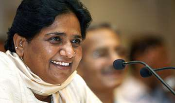 mayawati backs pranab s candidature for president...