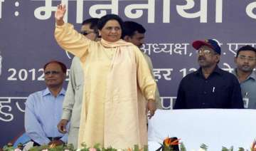modi will fuel communal disharmony says mayawati...