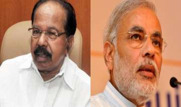 moily launches veiled attack on modi - India TV