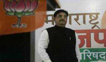 munde s death second mid summer tragedy for bjp -...