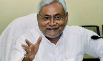 nitish kumar to announce severing of alliance...
