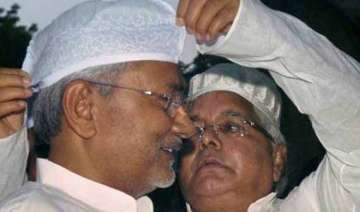 rs bypoll a worried nitish kumar talks to lalu...