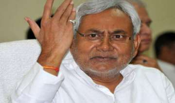 nitish reviews poll debacle with candidates...