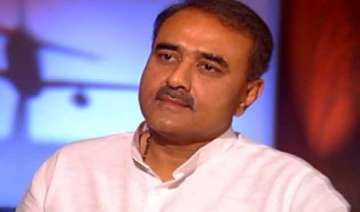 praful patel woos trinamool congress mps - India...