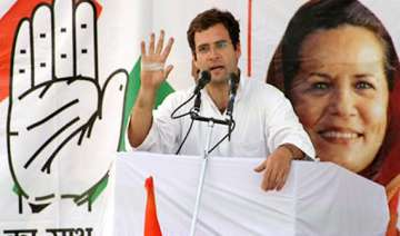 rahul asks youth to revive congress in up - India...