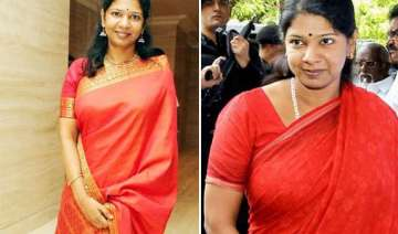 rare pics of kanimozhi the daughter of m...