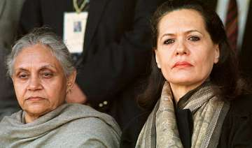 sonia gandhi showers praise on sheila dikshit...