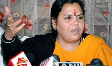 uma bharti may be pitted by bjp against sonia...