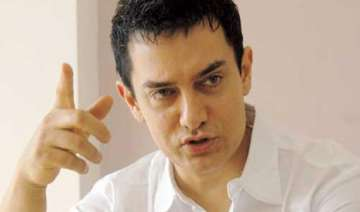 vote intelligently says apolitical aamir khan -...