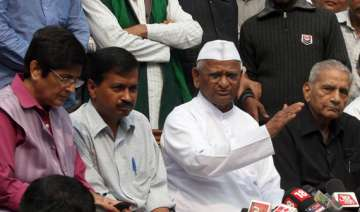 vote neither cong nor bjp team anna advises hp...