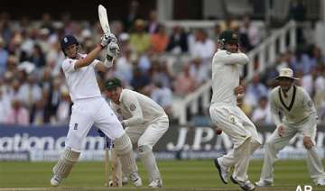 ashes england reaches 210 4 in 2nd test - India TV