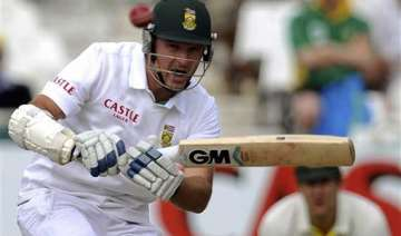 smith ends career with 3 and safrica in trouble -...