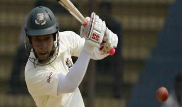 second test bangladesh 228 for 5 as rain stopped...