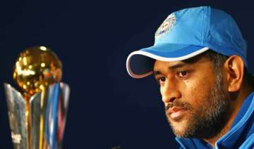 dhoni led team india to leave for t20 world cup...