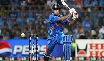 dhoni faces an uphill task - India TV