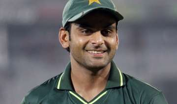 hafeez to lead pakistan in 1st test against sri...