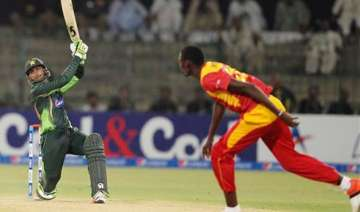 pak vs zim malik century helps pakistan to 375 3...