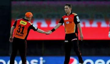 ipl 8 rcb all out for 166 after boult takes 3...