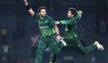 ahmed shehzad acted like afridi s servant former...