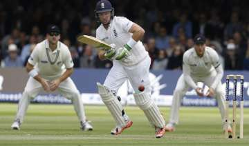eng vs nz england fight back from 30 4 to 113 4...