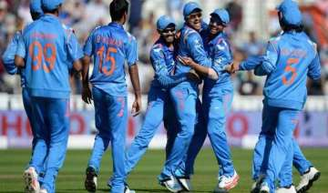 india firm favourites to defend world cup title...