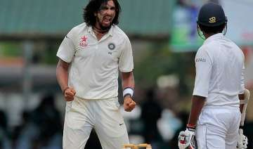 2nd test day 3 india at 70/1 at stumps take 157...