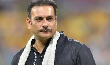 wankhede curator asks bcci to reprimand ravi...