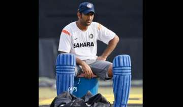 we want to do basic things right dhoni - India TV