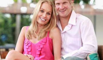 shane watson s wife gives birth to daughter -...
