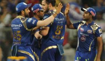 ipl 8 mumbai indians keep play off hopes alive...