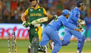 south africa elect to bat in fifth odi - India TV