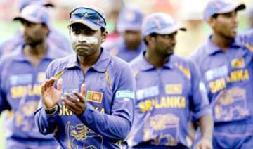 lankans not keen to play one dayer before test...