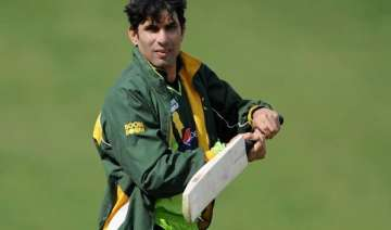 misbah needs help from seniors in world cup...