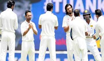 indian team gives guard of honour to retiring...