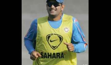 we never panicked says dhoni - India TV