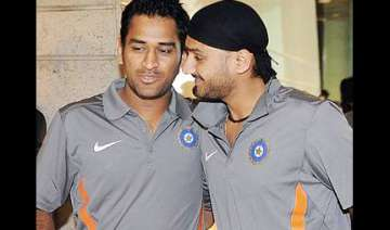 dhoni and harbhajan send police into tizzy -...