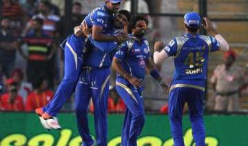 ipl 8 mumbai indians stay in hunt for play offs...