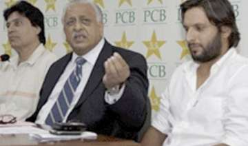 shoaib akhtar shoaib malik back in pak team -...