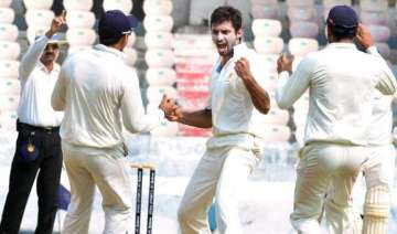 karnataka start favourites against up in ranji -...