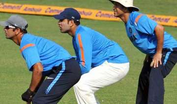 india s old hands warm to boxing day task - India...
