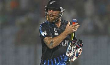 know brendon mccullum first batsman to complete...