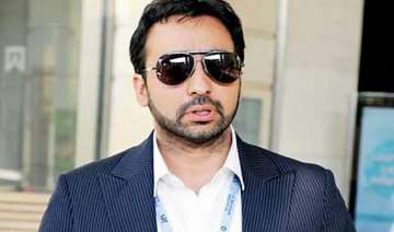 kundra hits out at media after questioning in ipl...