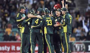 lorgat presents icc odi shield to australia -...